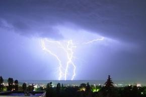 Молния оставила без света почти половину Азербайджана