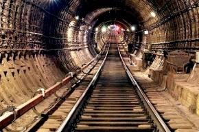 В тоннеле метро поймали мужчину, который шел в Кириши