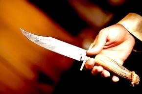 Прохожий рассудил спор пьяного и таксиста при помощи ножа