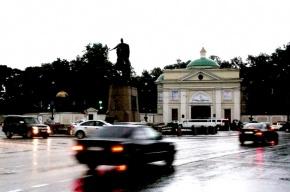 Площадь Александра Невского перекроют на 3 часа