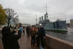 Фоторепортаж: «Аврора осталась без военных»
