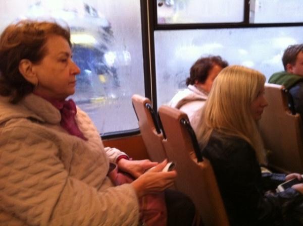 Собчак в троллейбусе: Фото