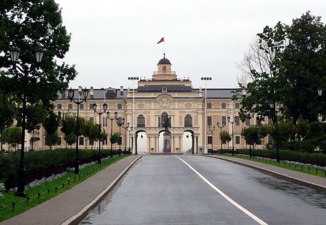 Константиновский дворец: Фото