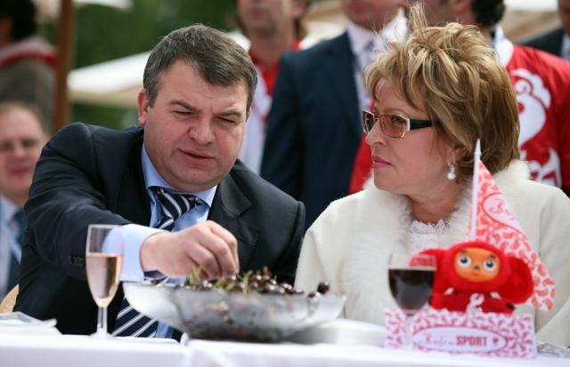 Анатолий Сердюков: Фото