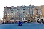 Петербурженка, сына которой убило штукатуркой на Невском, пожаловалась Путину