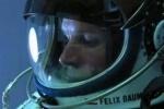 Прыжок из стратосферы: Феликс Баумгартнер рассказал, как это было