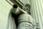 Петербургские вандалы переплюнули гитлеровцев