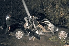 Водитель, из-за которого погибли двое, застрелился прямо на месте аварии