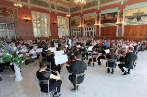 Витебский вокзал снова стал музыкальным: там проходят бесплатные концерты