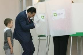 Грузинская оппозиция жалуется на вбросы и похищения урн спецназом