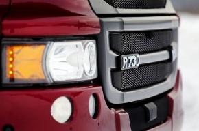 Жертву ДТП и человека, который попытался ему помочь, сбил другой грузовик