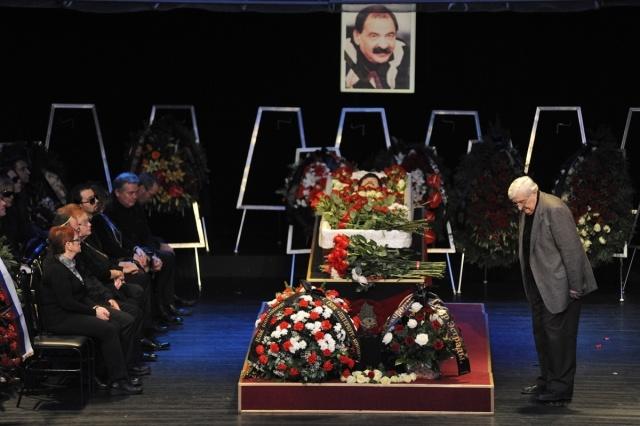 Прощание с Ильей Олейниковым (2): Фото