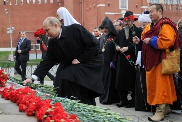 Путин в День народного единства 4 ноября 2012: Фото