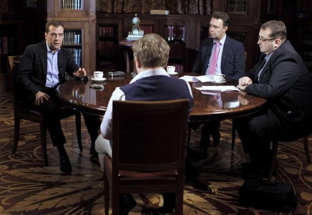 Дмитрий Медведев, интервью Коммерсанту: Фото
