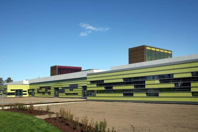Средняя школа в Ееруме, Норвегия: Фото