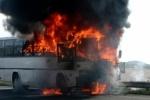 В Эстонии загорелся автобус с российскими туристами