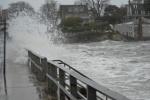 Число жертв урагана «Сэнди» в США приблизилось к сотне