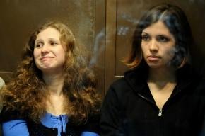 Участницы Pussy Riot, сидящие в колониях, меняют адвокатов