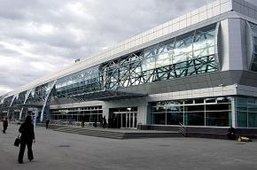 У самолета главы МЧС отказал двигатель, лайнер аварийно сел в Новосибирске
