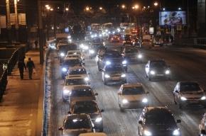 В Петербурге наблюдаются самые большие пробки за два года (смотреть)