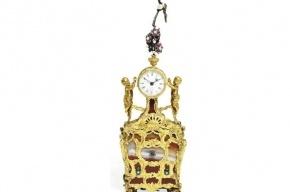 Позолоченные часы из кабинета Павла I продали за миллион долларов