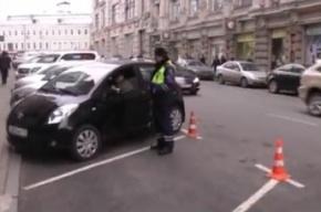 Автомобилисты поиздевались над ГИБДД, убрав незаконную парковку «для своих» прямо у федерального департамента