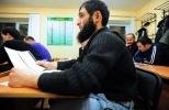 Тесты, обучение мигрантов русскому языку: Фоторепортаж