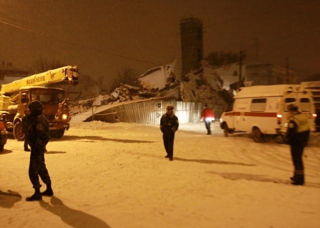 Обрушение дома в Таганроге, 13 декабря 2012: Фото