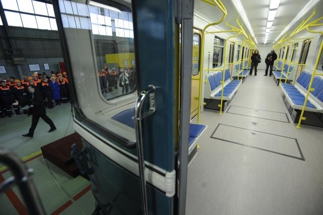 Вагоны метро 81-717/714, ОЭРВЗ: Фото