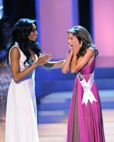 Оливия Калпо - Мисс Вселенная 2012: Фото