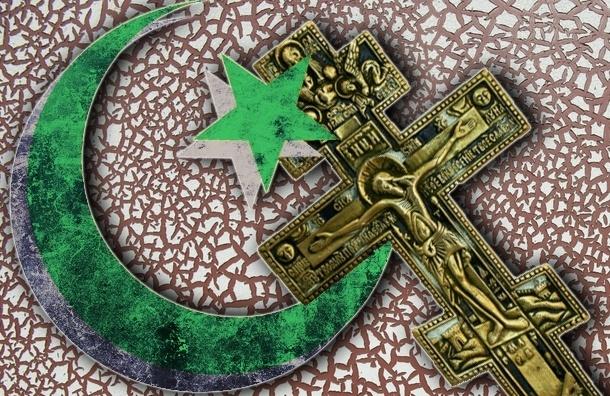 В России становится меньше православных и больше мусульман