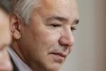 Ответственный за уборку снега в Петербурге передумал увольняться
