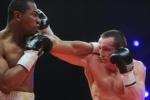 Лебедев нокаутировал Сильгадо и защитил чемпионский титул