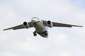 Самолет, вылетевший из «Пулково», два часа кружил над аэропортом