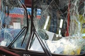 «Жигули» врезались в маршрутку в Петербурге: шестеро ранены