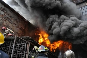 В Петербурге тушили пожар по высочайшему номеру сложности