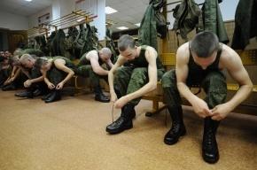 Начальник Генштаба пообещал не увеличивать срок службы