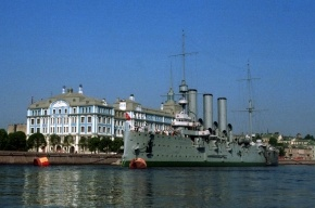Революционный крейсер «Аврора» затопило фекалиями
