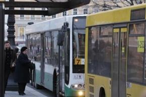 В петербургских автобусах устанавливают видеокамеры