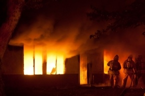 На Садовой пожар в жилом доме: двое пострадавших