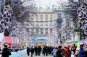 Площадь Островского перекрыли для транспорта до 20 января из-за Рождественской ярмарки