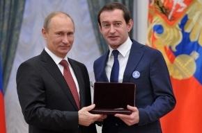 Хабенский пришел на встречу с Путиным со значком «Дети вне политики»