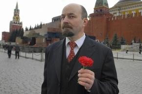 Ленина оставят в Мавзолее на время ремонта