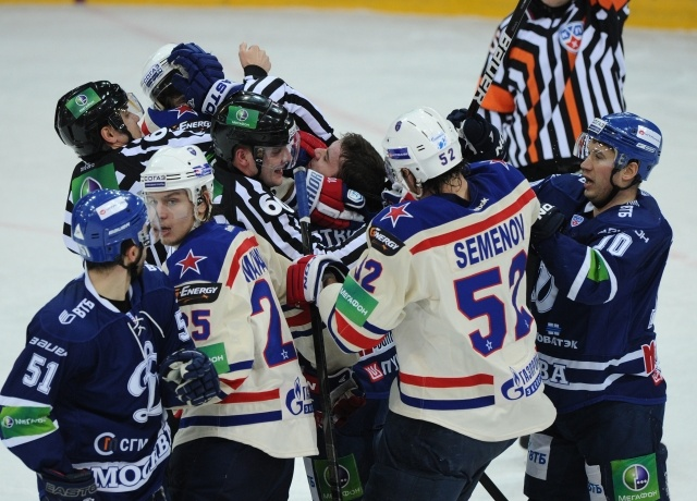 Динамо - СКА, 22 января 2013, Артюхин - Яласваара: Фото