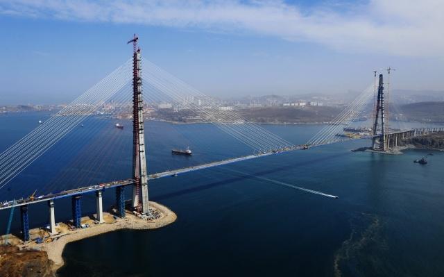 Мост остров Русский: Фото