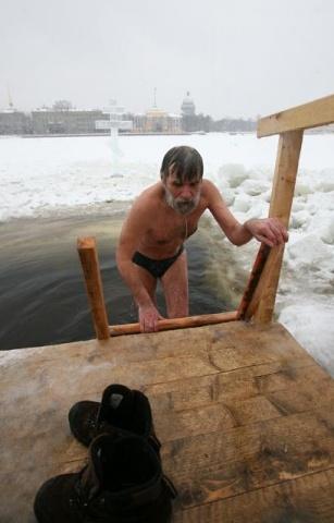 Крещенское купание Петербург: Фото