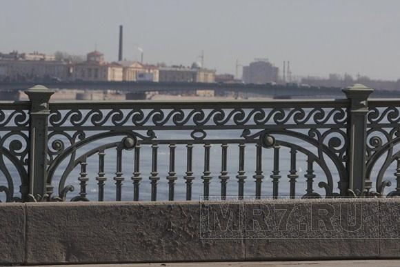 середине июня решетка николаевского моста в спб фото поздравления мальчиком