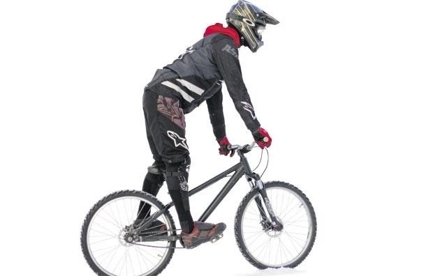 Зимний спорт. Что нужно знать, садясь на велосипед зимой