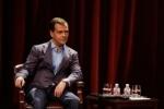 Медведев объяснил, почему отказался участвовать в выборах Президента