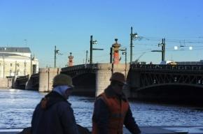По выходным Дворцовый мост будет закрыт и днем, и ночью